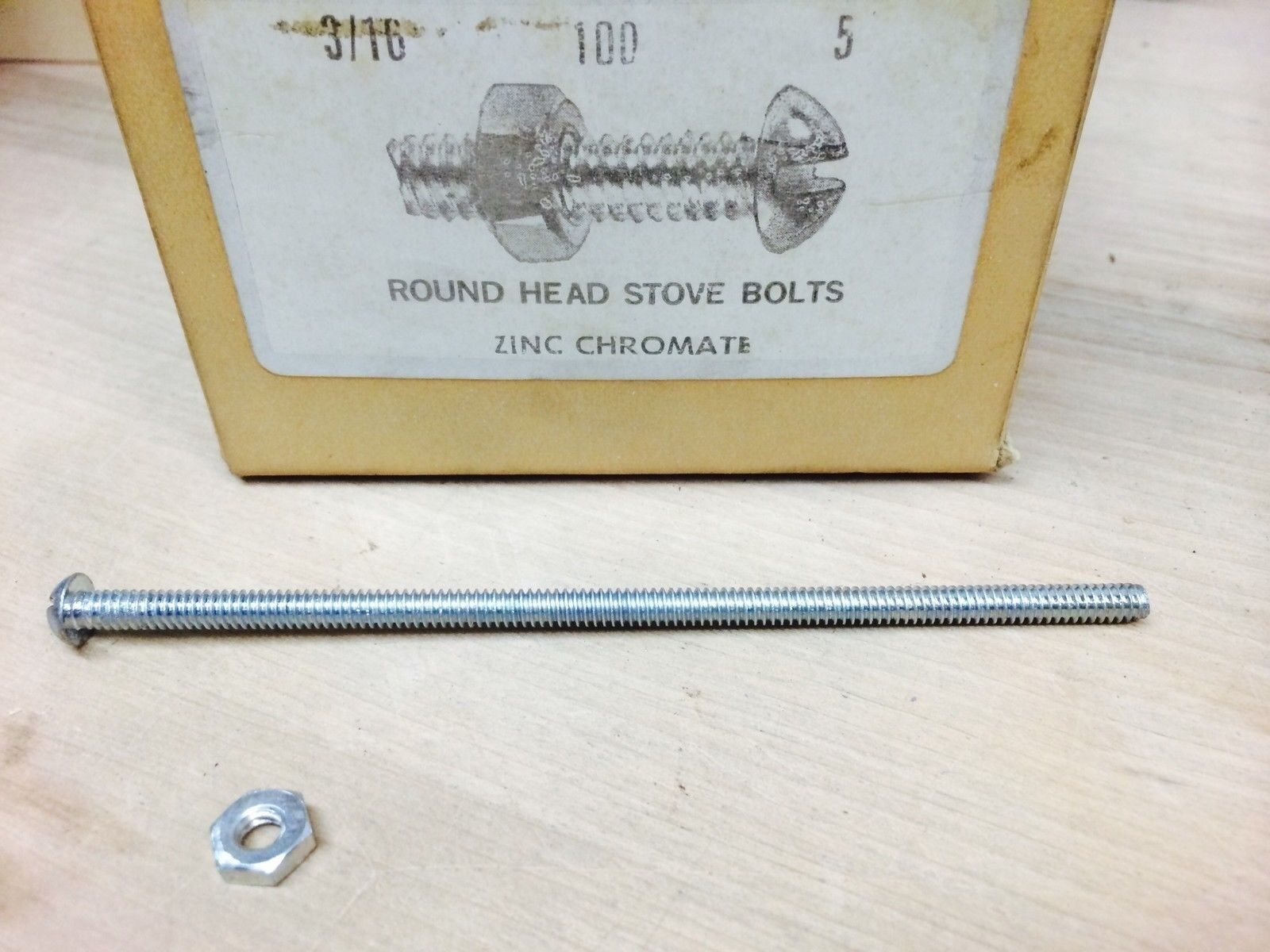 3 16 ROUND HEAD STOVE BOLTS 5  ZINC CHROMATE (NN0404-100)