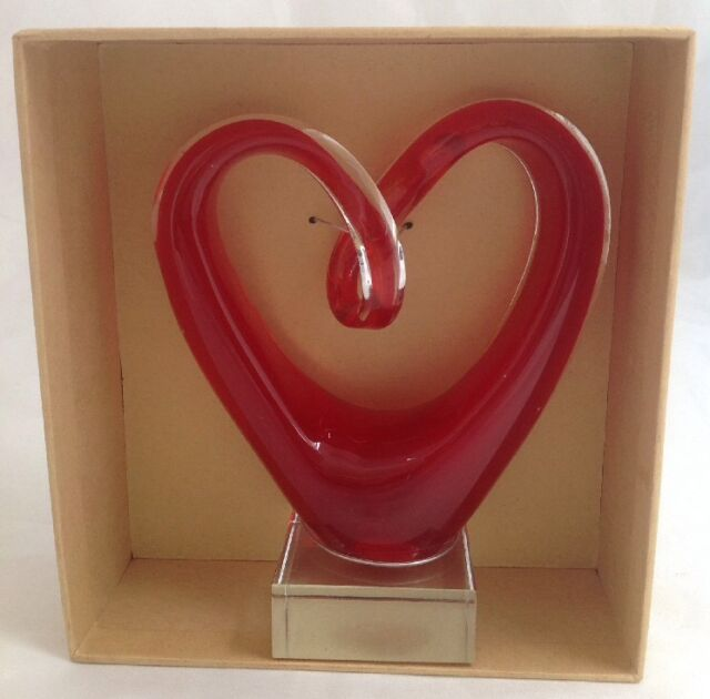 Home Essentials Red Art Glass Heart Clear Base Gift Boxed Valentine Murano Style