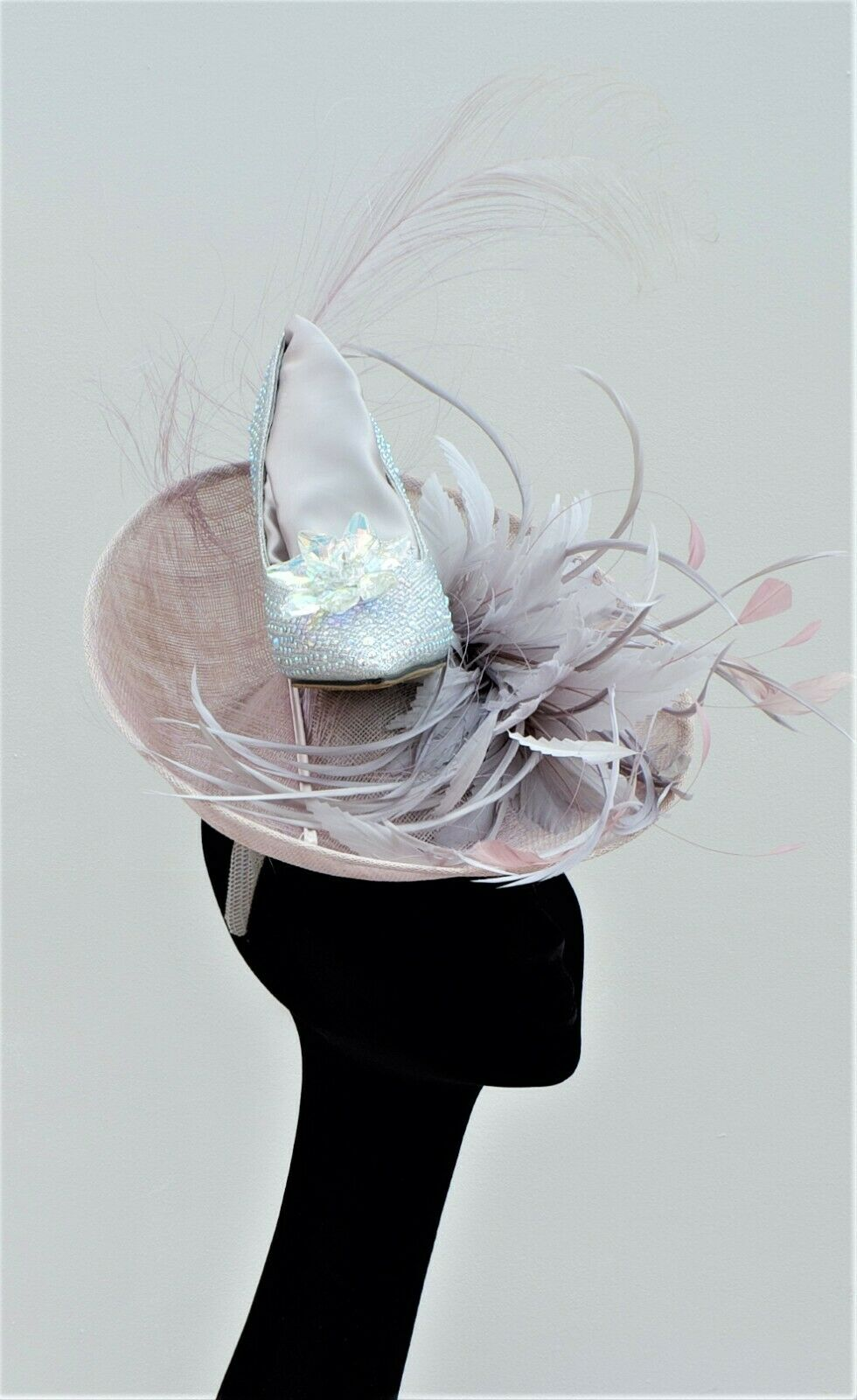 STUNNING ONE UP TURNED FASCINATOR WITH CRYSTAL SHOE SILVER GREY & HEATHER