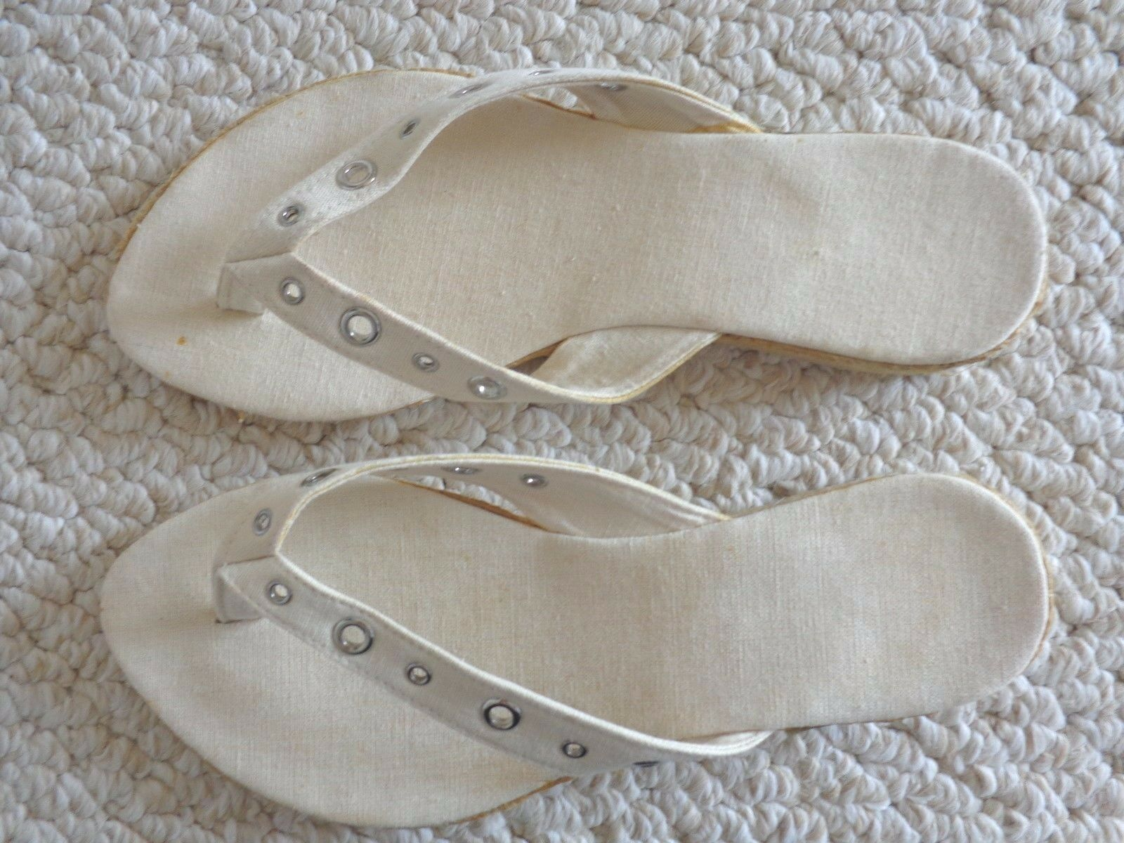 Ladies White Canvas Off White Ladies Sandals Size Medium () 20d386