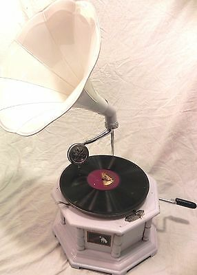 ANTIQUE OCTAGONAL GRAMOPHONE PHONOGRAPH FULLY FUNCTIONAL WITH WHITE COLOR HORN
