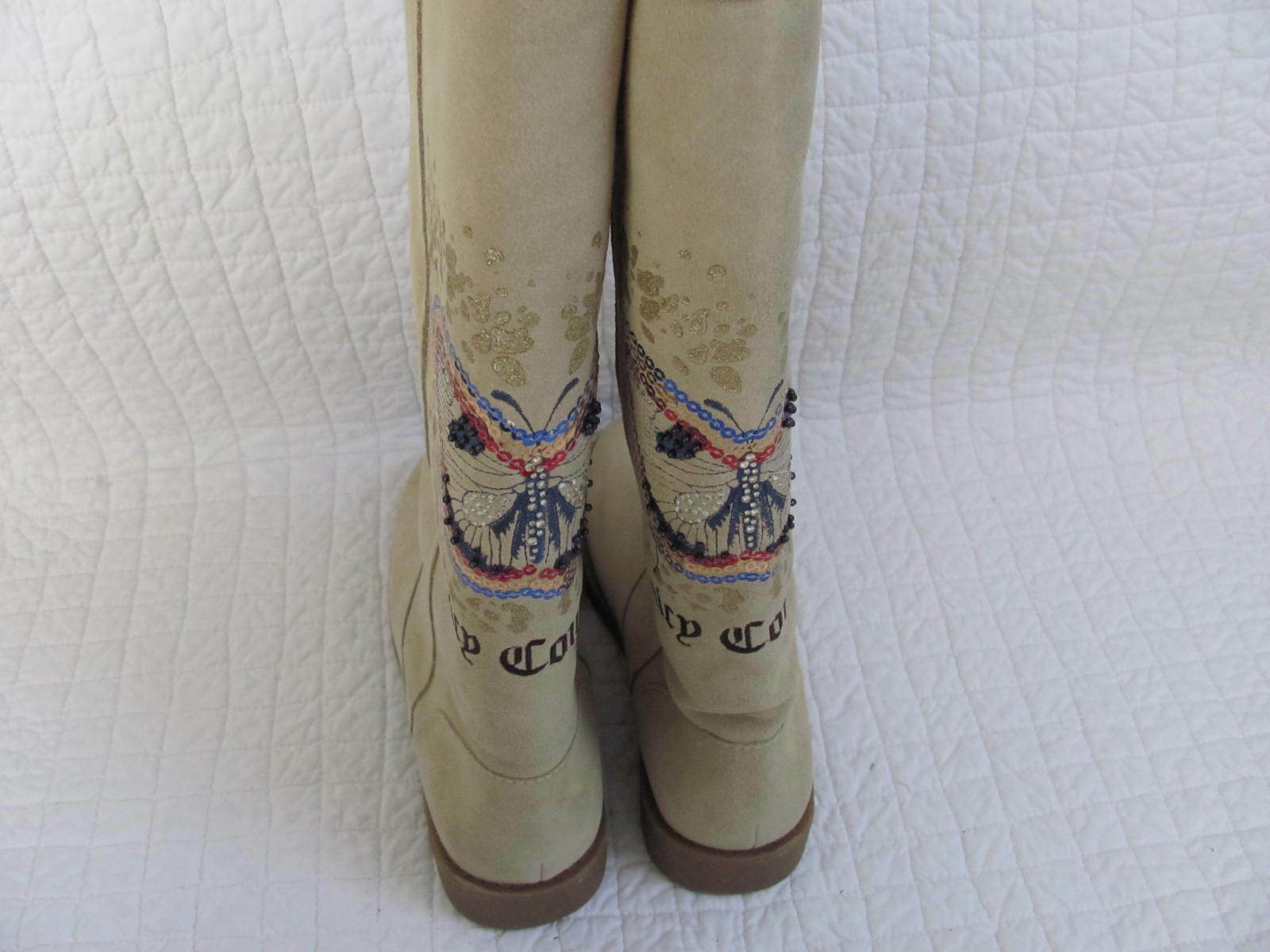 New with box Juicy Couture Womens Angelica Butterfly Slight Wedge Boots Size 6