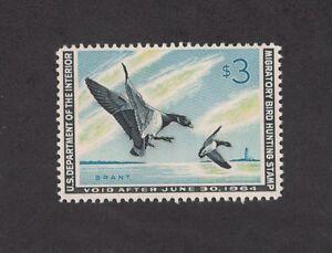 RW30 - Federal Duck Stamp. Single. MNH. OG. Nice Centering. #02 RW30c
