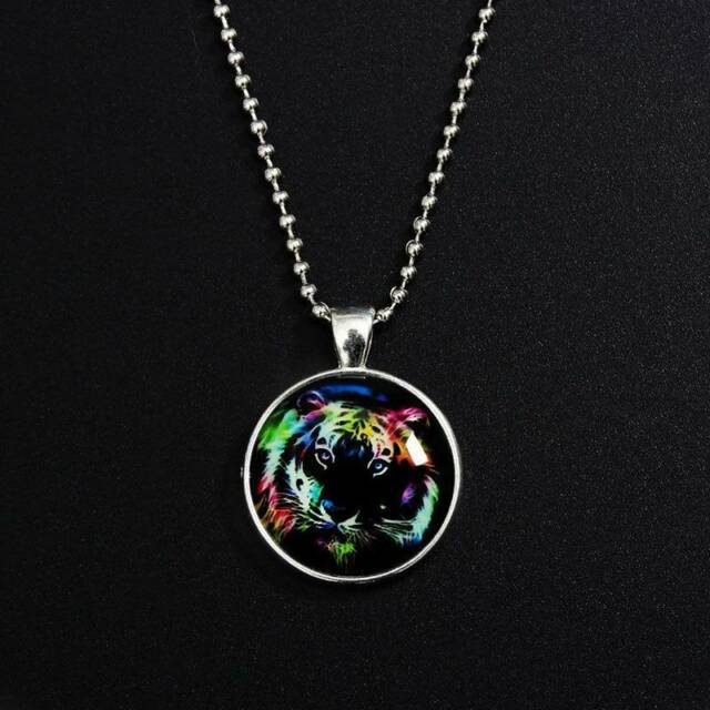 Fashion Luminous Glow in the Dark Tiger Glass Cabochon Pendant Necklace Chains