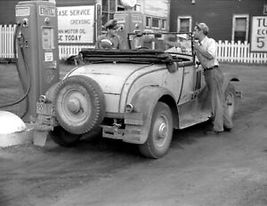 1941-Gas-Station-Superior-Wisconsin-Vintage-Photograph-8-5-034-x-11-034-Reprint