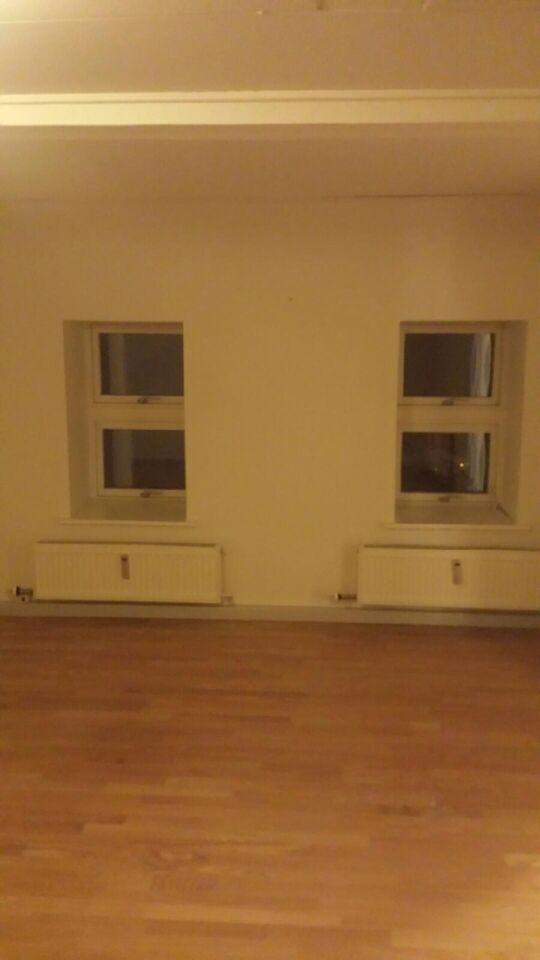 9500 vær. 2 lejlighed, m2 68, Hostrupvej