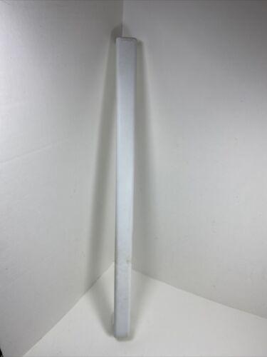 Whirlpool Refrigerator Freezer Door Handle VEN 010769 2213111 WRT1L1ZYW01