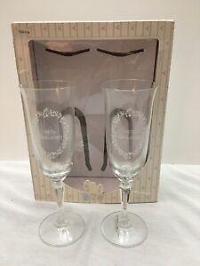 Set-Of-2-Precious-Moments-Happy-Anniversary-Champagne-Glasses-In-Box-Used