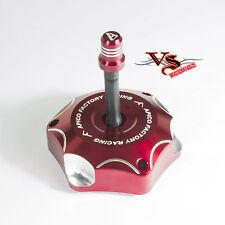 Apico Anodizado Tapa de combustible Inc Tubo De Ventilación Honda CR250 96-07 CR500 89-01 Rojo