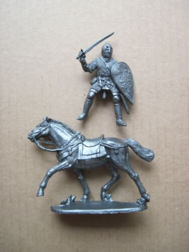 Eastern Europe knight quality Russian made plastic NEW