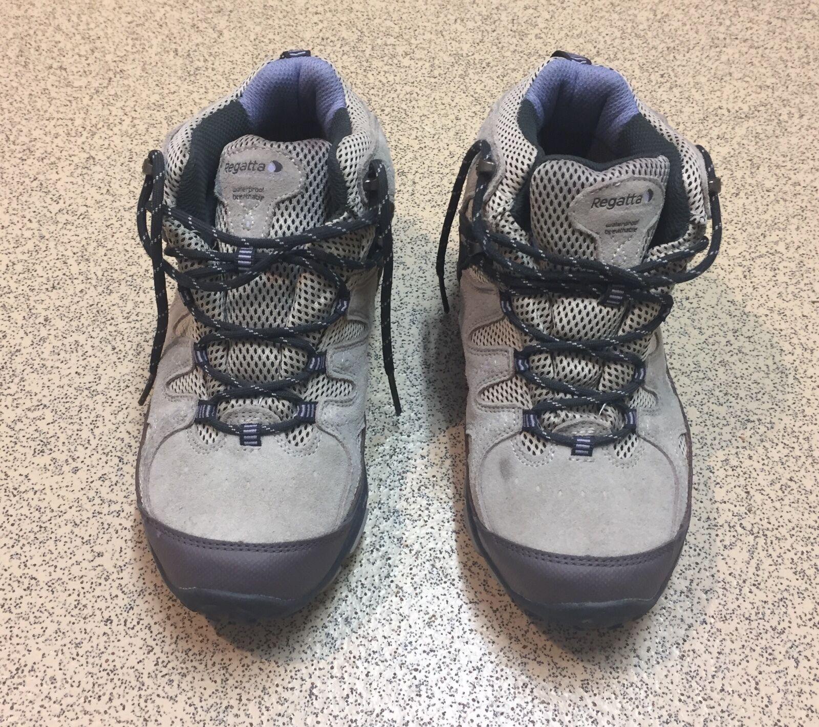 Regatta boots (size uk 4)