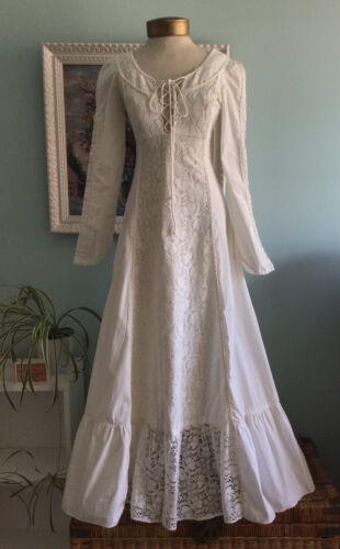 vintage GUNNE SAX Long Sleeve Cotton & Lace Dress