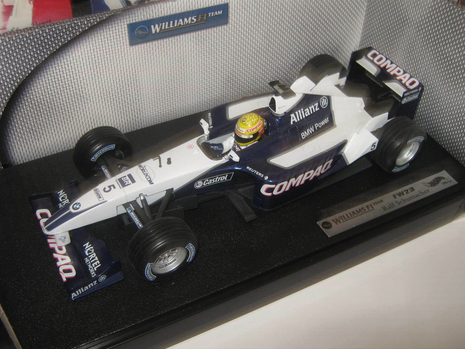 1 18 Williams Williams Williams BMW FW23 R. Schumacher 2001 HotwheelsF1 50200 OVP new 32c50e