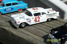 CD_833 #42 Lee Petty '57 Olds Convertible  1:64 scale decals