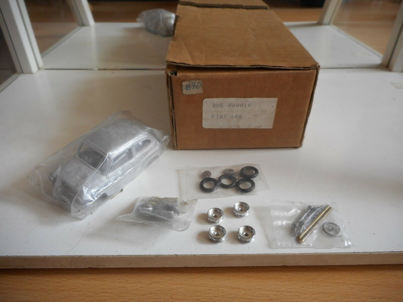 Modelkit Metal Fiat 600 on 1 43 in Box