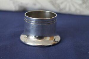 Vintage Elkington EPNS silver plated pot holder 4cms diameter 3cms deep