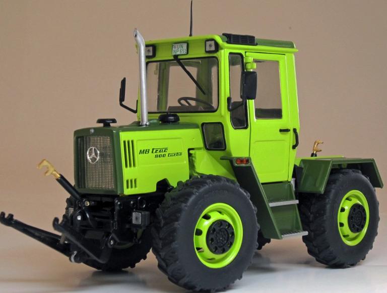 Weise-Toys échelle 1 32 MERCEDES-BENZ MB TRAC 900 1033