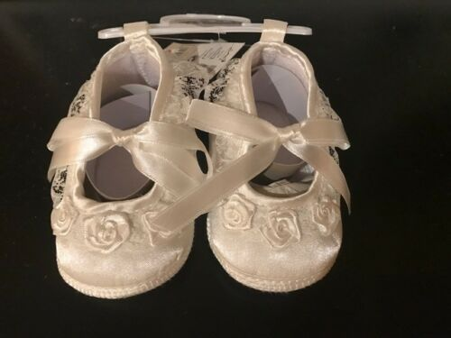 GIRLS INFANT BABY SHOES BEAUTIFUL PINK AND CREAM COLOURS AVAILABLE LIMITED STOCK