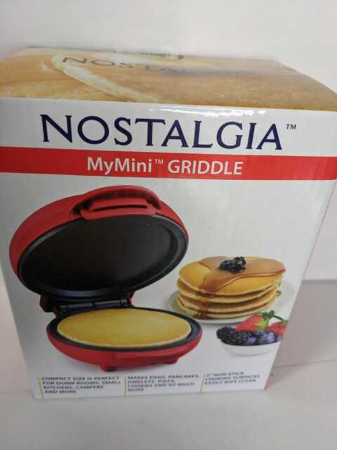 """Nostalgia My Mini Griddle 5/"""" Cooking Surface.Brand New Factory Sealed"""