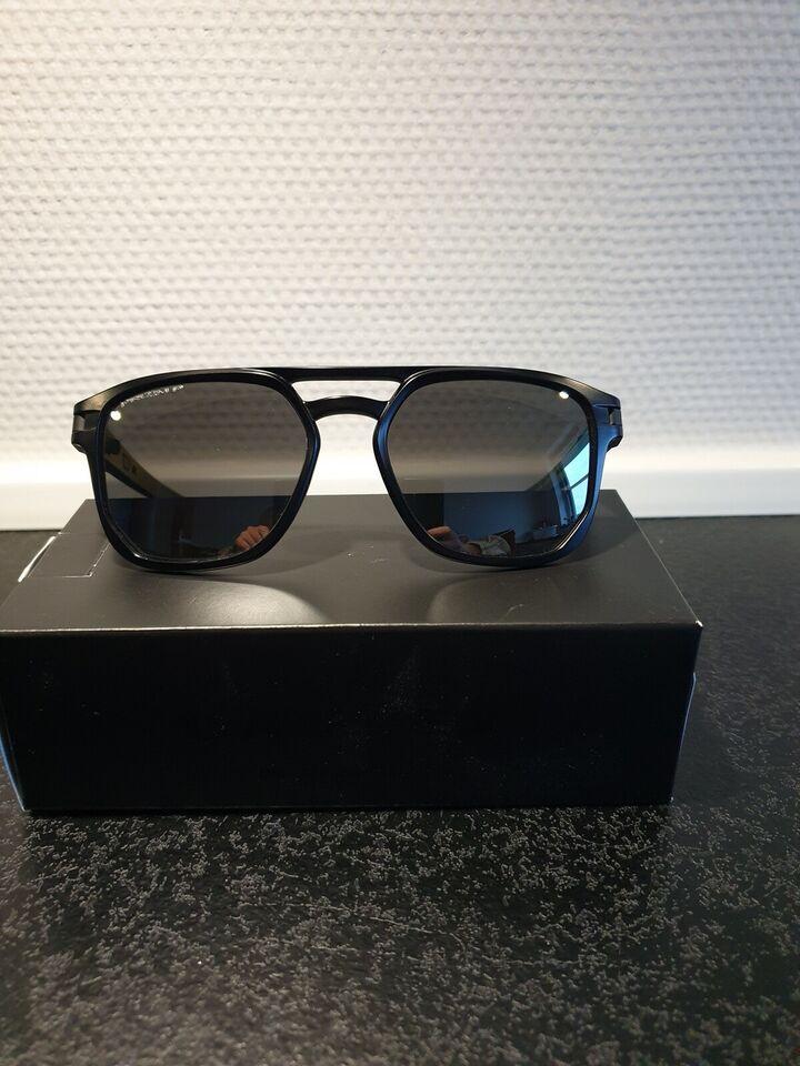 Solbriller unisex, Oakley Latch Beta