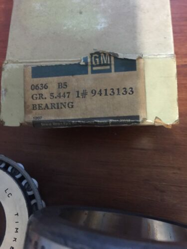 NOS 9413133 Axle Pinion Bearing 1 ton Dana Corporate 10.5 Ring Gear Verify P #