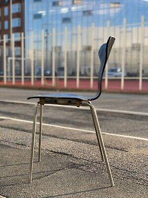 Arne Jacobsen, Arne Jacobsen Dot