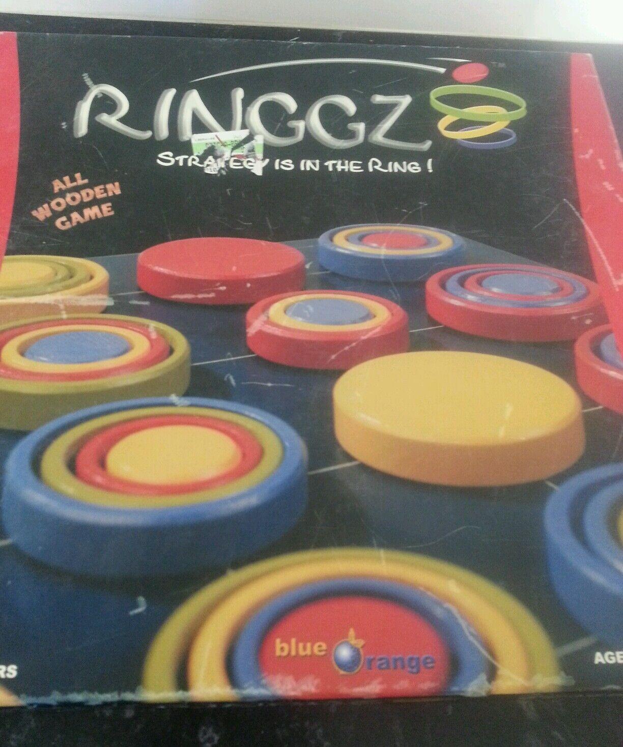 RINGGZ  Stratégie est dans l'anneau  2005 en bleu Orange