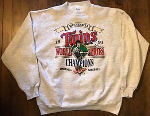 Vintage 1987 Minnesota Twins World Series Champions crewneck sweatshirt Twins baseball crew neck sweatshirt MLB baseball - Small zUpxc