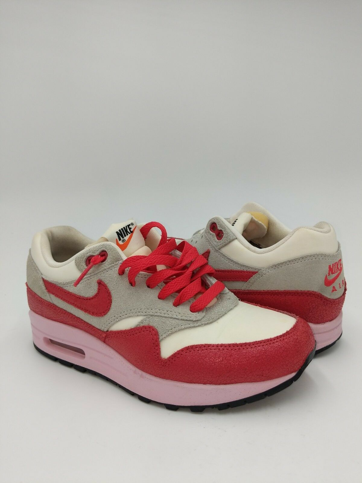 Nike WMNS Air Mas 1 VNTG - 555284 103 Size 6.5