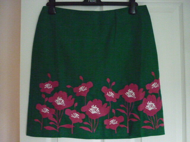 BODEN FUN EMBROIDERED SKIRT in GREEN FLORAL. US 8. BNWT. T0099