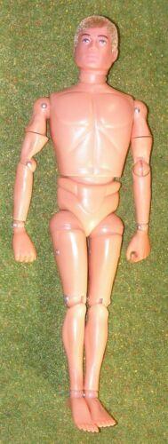 VINTAGE ACTION MAN 40th NUDE NUDO Bambola avvincente MANI FLOCCATI i capelli biondi