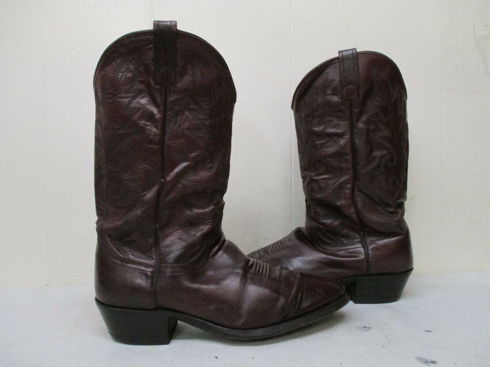 Dan Post Burgundy Leather Cowboy Boots Mens Size 11 EW Style 16773