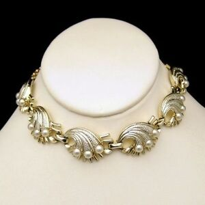 Vintage-Chunky-Necklace-Detailed-Gold-Plated-Shell-Links-Faux-Pearls