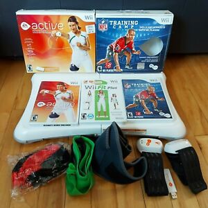 Nintendo Wii Fit Balance Board Game Fitness - Active - Training Camp - Bundle