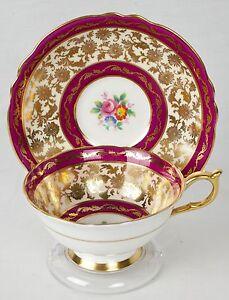 Vintage-Paragon-Dark-Pink-Gold-Gilded-Tea-Cup-and-Saucer-England