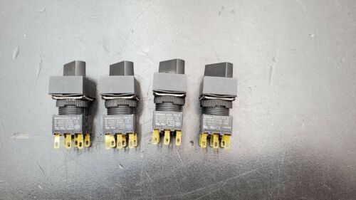 Details about  /LOT OF 4 OMRON A16S-2N-2   A165S-J2M-2 SELECTOR SWITCH for Robot Teach Pendant