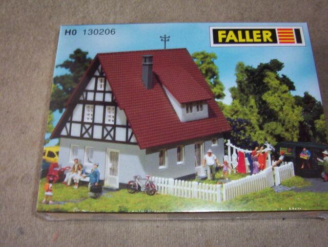 Faller 130270 Einfamilienhaus ländliches Fachwerk