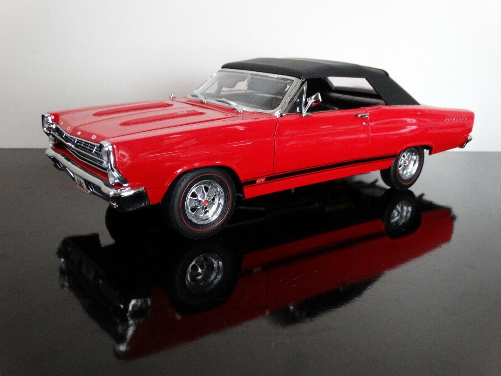 GMP 1967 Ford Fairlane Gt Converdeible 1 18 escala Diecast Modelo Coche rosso