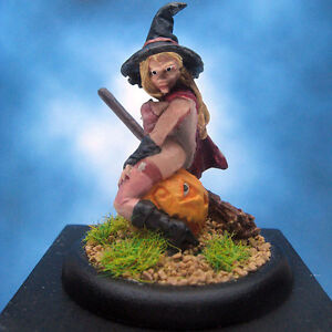 Painted-Reaper-Miniature-Elise-the-Witch