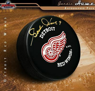 ROBERT LANG Signed Detroit Red Wings Puck