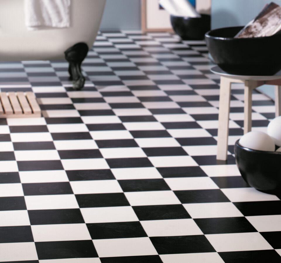PVC Bodenbelag schwarz/weiß Schachbrett  4 Meter Breite  pro qm =