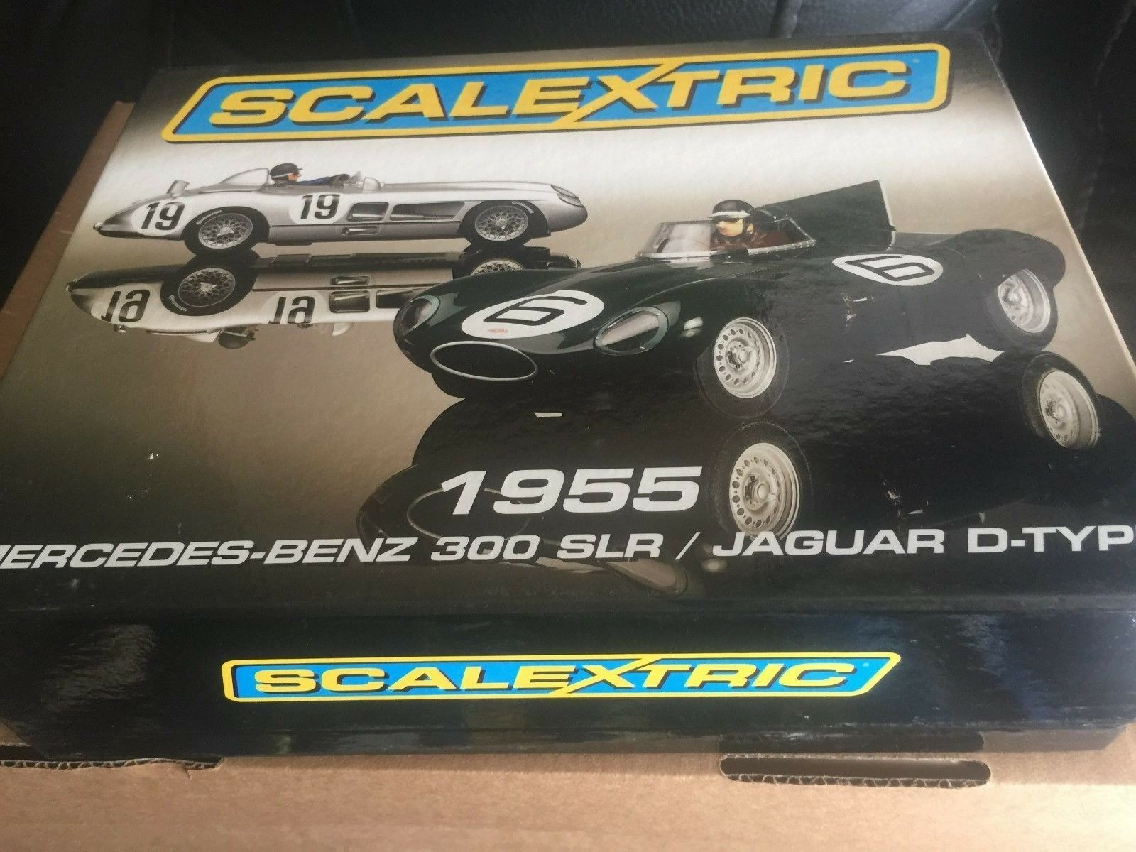 M b limited edition mercedes benz   jaguar d-type collectors set ref c3058a