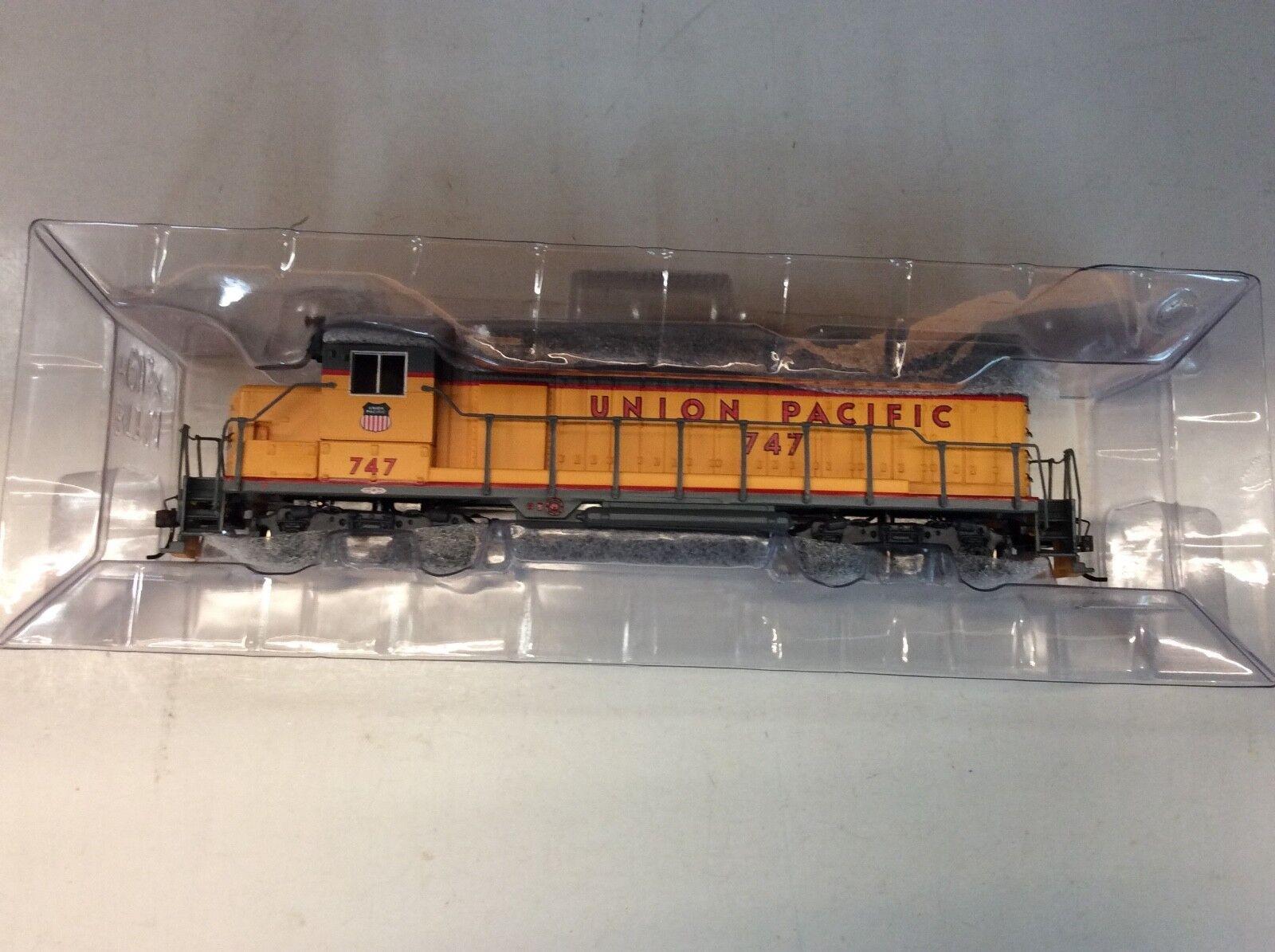 "Bachuomon  11519 HO scale ""Union Pacific"" GP35 diesel locomotive Rd.  747"