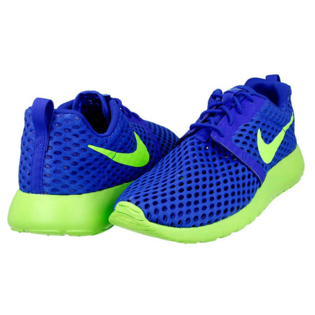 15fcfe1a0720 ROSHE ONE FLIGHT WEIGHT (GS) Running Shoe 705485 404 SIZE 6 New in box