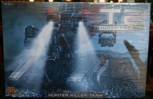 1:32 Pegasus 9015 Terminator 2 Judgement Day Hunter Killer Tank