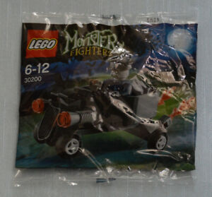 LEGO-Polybag-gt-30200-Monster-Fighters-Zombie-Chauffeur-Coffin-Car-New-Sealed