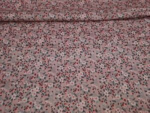 Zentec Dainty Floral Design on Pink Brand New-100/% Cotton Fabric