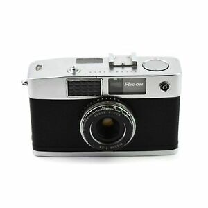 RICOH CADDY Camera with Seikosha Shutter and 25mm f/2.8 Lens c.1961