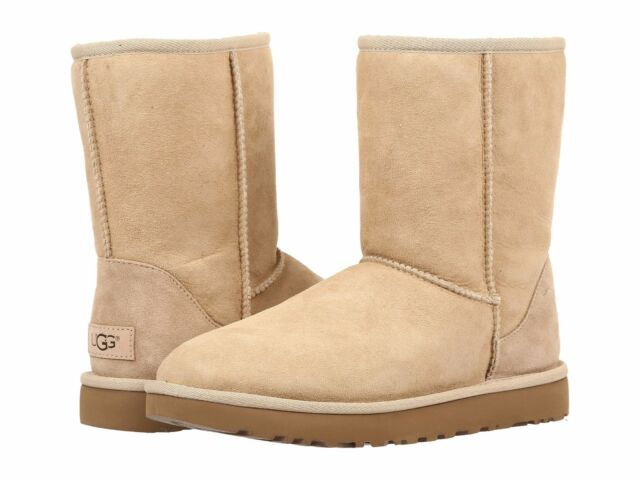 NEW WOMEN UGG BOOT CLASSIC SHORT II SAND ORIGINAL 1016223