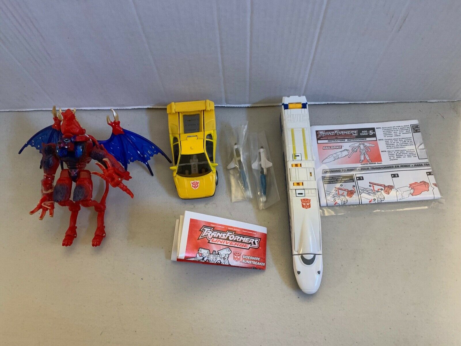 TRANSFORMERS AUTOBOT LOT OF OF OF 3 LOOSE COMPLETE HASBRO TOYS 62a21b